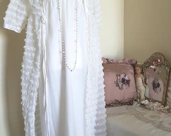 vintage nightgown and matching dressing gown, 1970s lingerie, white lace lingerie set, layers of lace