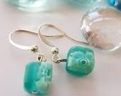 Verre dépoli mignon Floral Turquoise boucles d'oreilles pendantes