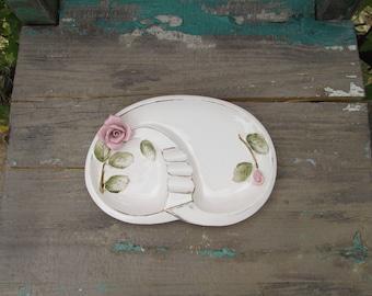 """Feminine Vintage ENESCO 1950's Mid Century Kidney Bean Shape Ceramic Ashtray, Spoon Rest, or Teabag Holder w/Roses measuring 8 1/8"""" x 5.5"""" ~"""