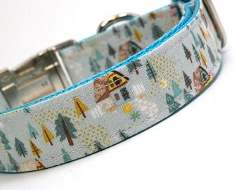 Handmade Dog Collar - Forest Cabin in gray - Forest dog collar with cute cottage - Shabby Chic Dog Collar