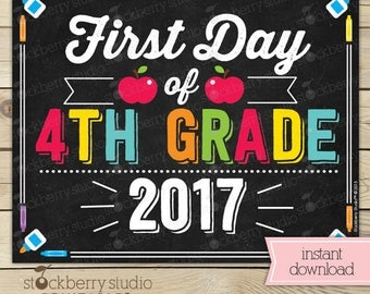 First Day of 4th Grade Sign - 1st Day of School Sign Printable - First Day of School Sign - Photo Props - Chalkboard Sign - Instant Download
