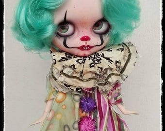 PENNYWISE'S LITTLE PRINCESS Gothic clown Blythe custom doll by Antique Shop Dolls