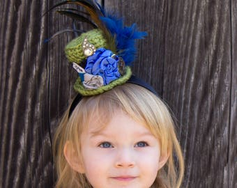 Mini Top Hat Headband-CUSTOM MADE- Crochet Top Hat Birthday, Mardi Gras, Easter Bonnet, Photo Prop, Cake Smash, Whimsical Tea Party