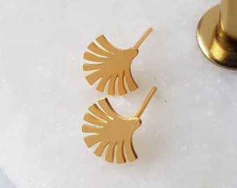 Tiny Gold Ear Studs - Palm Leaf Earrings, Small Earrings, Gold Stud Earrings, Leaf Earrings, Tiny Earrings, Minimalist Earrings