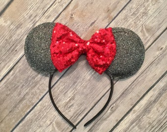 Minnie Mouse ears, Classic Minnie Mouse ears, Black and Red Minnie Mouse Ears, Minnie Mouse Ears, Minnie Ears, Mickey Ears,