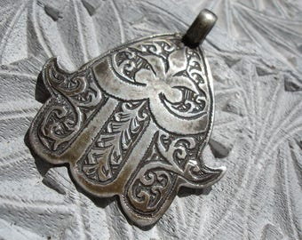 Moroccan silver tarnished hand engraved Hand  pendant