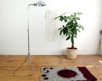 mid century lamp, floor lamp, vintage lamp,metal lamp,tripod lamp,retro lamp,folding lamp,task lamp,work light,adjustable lamp,chrome lamp