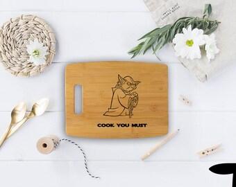 Star Wars cutting board - Bamboo yoda design