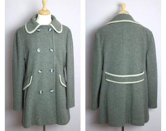 Vintage 1970's/80's Gray + Cream Contrast Trim Wool Mackintosh New England Pea Coat L/XL