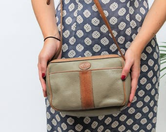 1980s Liz Claiborne Tan & Taupe Shoulder Bag