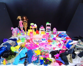 Barbie Doll Outfits Clothes Accessories Bedding Furniture 1980s 1990s Mixed 300 Pieces