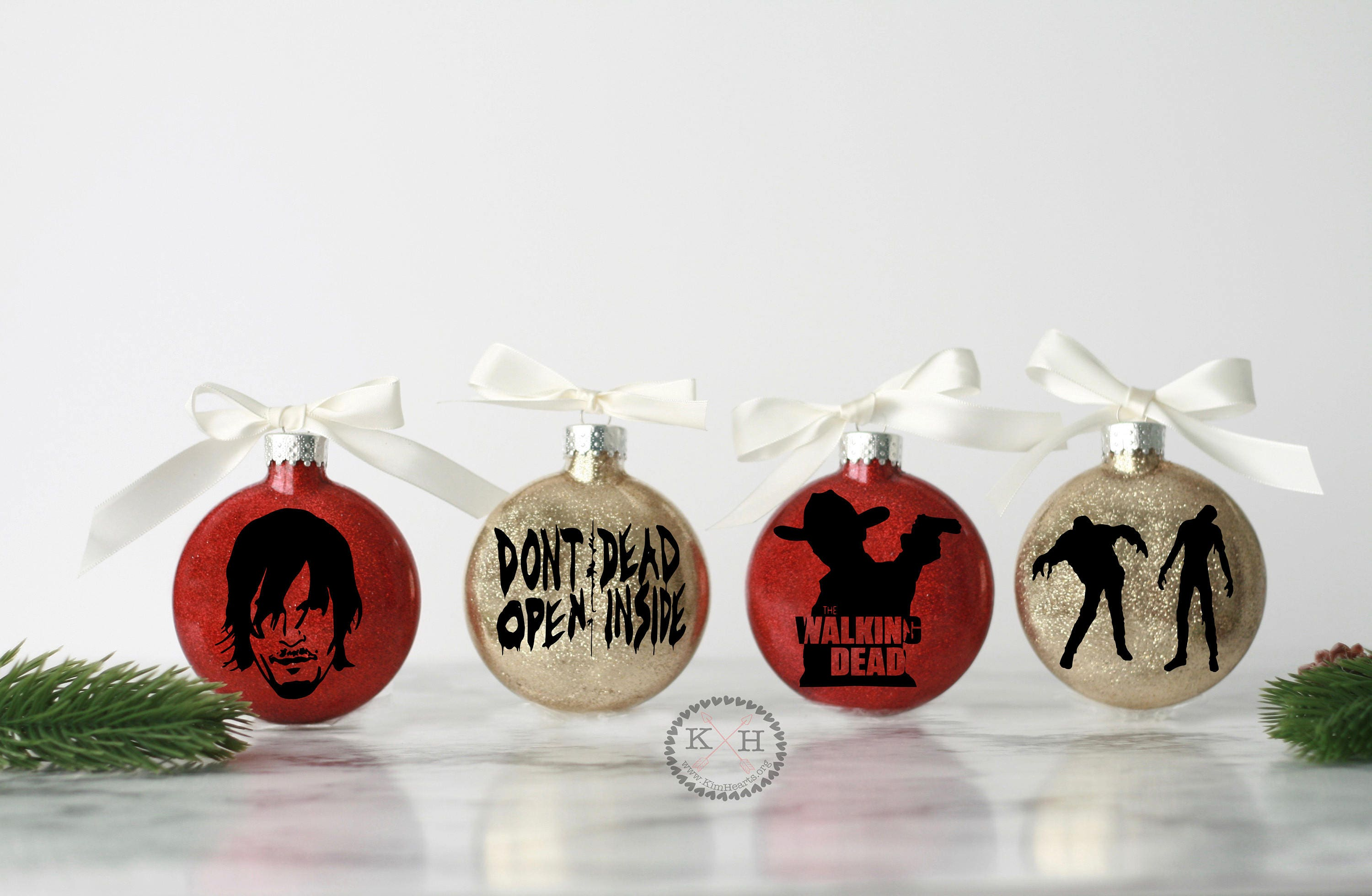The Walking Dead Christmas Ornament set, TWD gifts, The walking ...