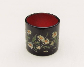 Antique napkin ring, late 1800's decoupaged napkin ring with daisies, black painted wood napkin ring with flowers, Victorian collectible