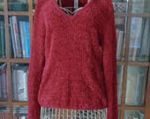 Vintage Red Fuzzy Eyelash V-Neck Pullover Sweater 1990s Holiday Party Chaus Large winter warm