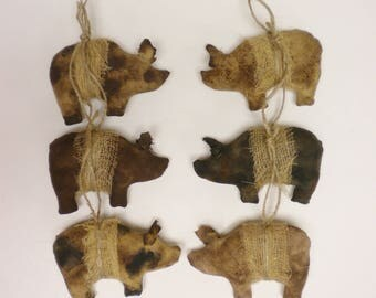 Primitive Pig Ornament - Made To Order, Handmade Pigs, Primitive Animals, Handmade Ornaments, Primitive Ornaments, Country Farmhouse Decor