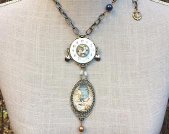 "Sautoir steampunk chic, cabochon, perles et cristal swarovski ""La fabuleuse chronoplaneuse"""