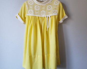 Vintage Girls Yellow Dress with White Lace - Size 4t- Gently Worn- Easter Dress- 60s Tea Party Dress