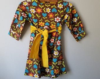 Vintage Girls Brown Floral Dress with Yellow Sash and Hearts- Size 5/6- Gently Worn