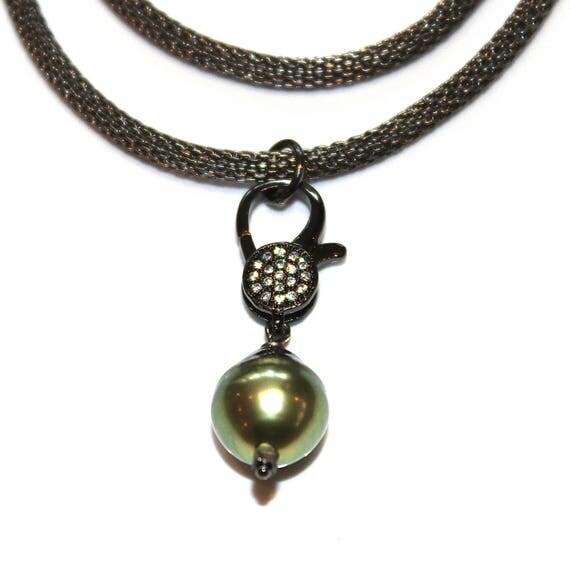 Tahitian Pearl Lock Necklace with Gunmetal Mesh