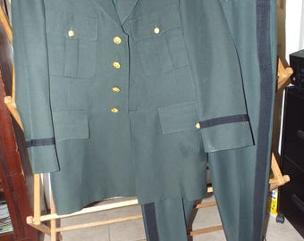 Men's Vintage Army Uniform Size 42 reg. Weintraub Brothers