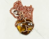Tiger's eye necklace ...
