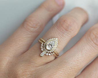 Pear Shaped Moissanite Engagement Ring Set with Diamond Matching band, Halo Moissanite Ring with Diamond Wedding Ring