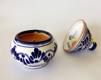 Puebla Signed Pottery Blue & White Candle Bell Mexican Pottery Hand-Painted Candle Pot Lid with Bell PUEBLA signed Mendez folk art pottery