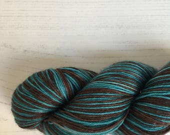 Self striping sock yarn  - in a variety of colours - see below for full descriptions -  100grams of superwash 75merino/25% nylon