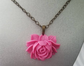 Frosted white dahlia ear stud large pink rose pendant necklace audiocablefo light ideas