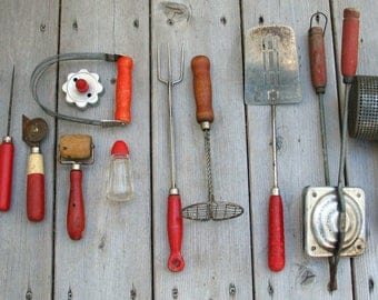 12 Vintage Red Handle Kitchen Utensils   Farmhouse, Rustic   Cooking  Utensils, Red Kitchen