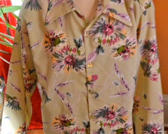 1960's colorful flower design shirt made in california