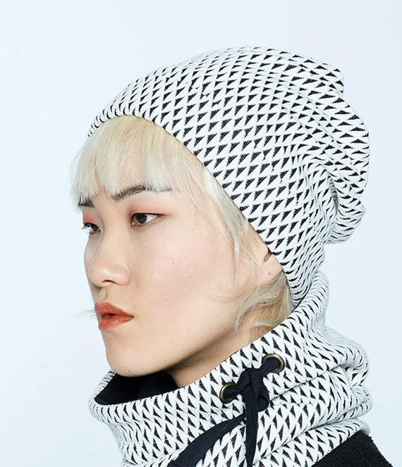 NYTVA - fall unisex print toque, hat, cap - ivory white with black triangles print