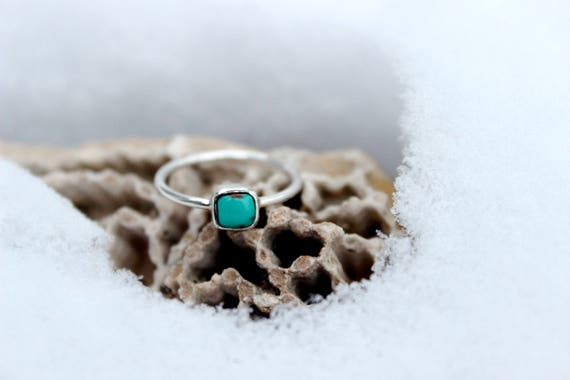 Mini Carico Lake Turquoise Stacker, Midi or Pinky Ring//Sterling Silver//Size 4.5