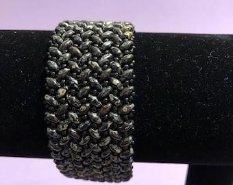 Black Beadwoven Bracelet w/ Magnetic Clasp