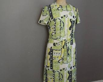 60s green mod dress / green 60s 70s vintage dress / stright A line dress / 60s 70s dress / mod / kings road / vintage short dress / UK 8