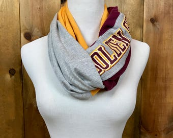University of Minnesota Infinity T-Shirt and Flannel Scarf