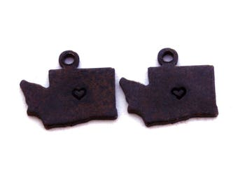 2x Antique Brass / Brown Patina Washington State Charms w/ Hearts - M073/H/AB-WA