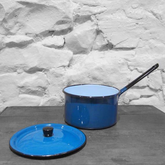 Enamel Metal Saucepan Pot Blue Vintage Kitsch Kitchen Display