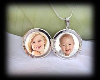 2 Photo Locket Necklace - Double Photos Locket
