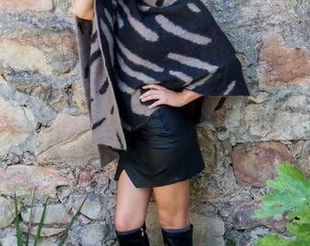Reversible Safari Animal Zebra Poncho in Stone / Black