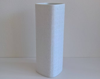 Rosenthal Porcelain, 'Studio Linie' Vase, Bisque, Nr 2916/22, West German Pottery, 1960s, Designed by Cuno Fischer