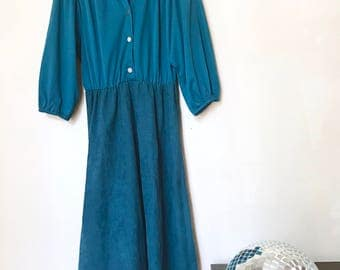 Vintage 70s Handmade Royal Blue Button up Midi Dress with Pointed Collar Size 4 - 6