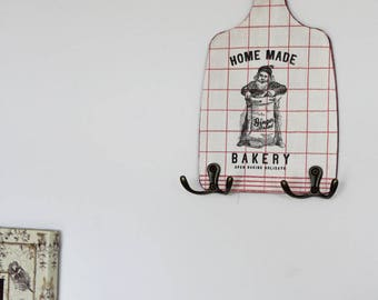 "Vintage hanger, cottage chic home, pattern ""Tea towel and bakery"""