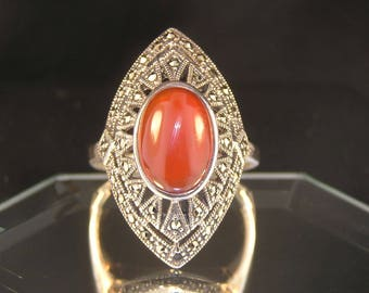 Carnelian Chalcedony & Marcasites Sterling Silver Vintage Estate Ring