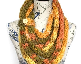 Chunky Infinity - Knit Loop Scarf - Knitted Infinity - Bulky Knit Scarf - Unique Knit Scarf - Finger Knit Scarf - Gift for Mom
