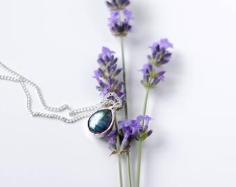 Labradorite necklace / silver plated chain  /