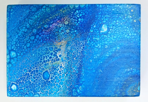 Day 070 (fluid acrylic original with cells / blue, white)