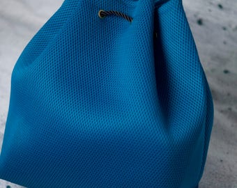Spacer Mesh Bucket Bag