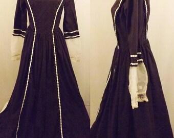 Vintage 60s Reproduction Women's Colonial Black Dress Size 10