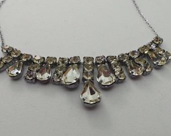 Diamante teardrop crystal necklace , Vintage crystal necklace , vintage bridal necklace